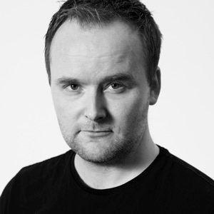 Prof Eirik Holmøyvik