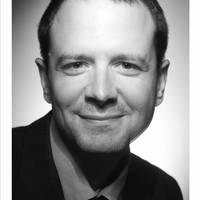 Prof Thomas Perroud