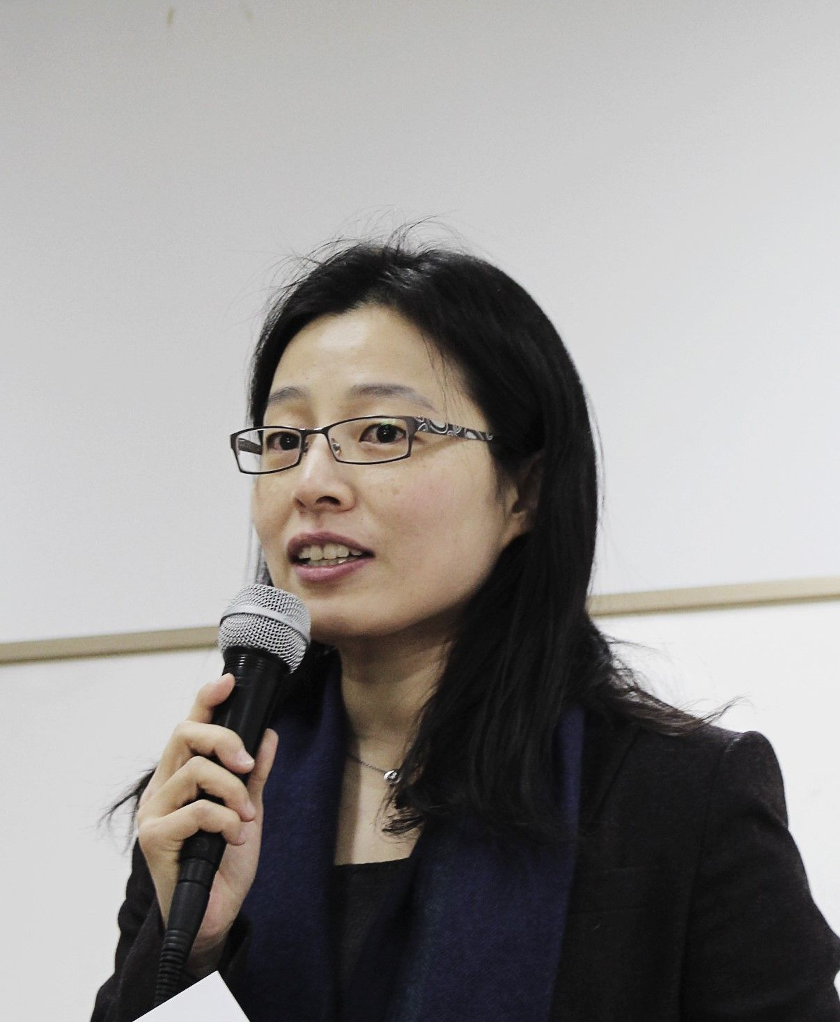 Dr Joo-Young Lee